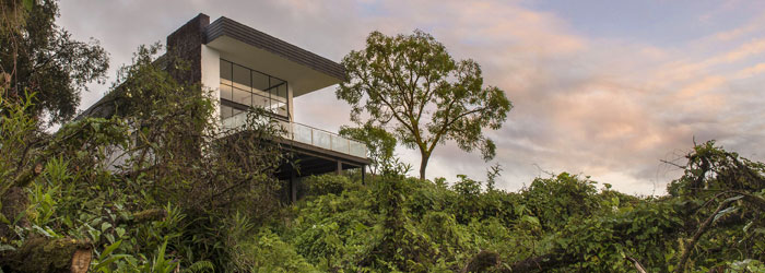 Scalesia-Lodge-Ecuador.jpg
