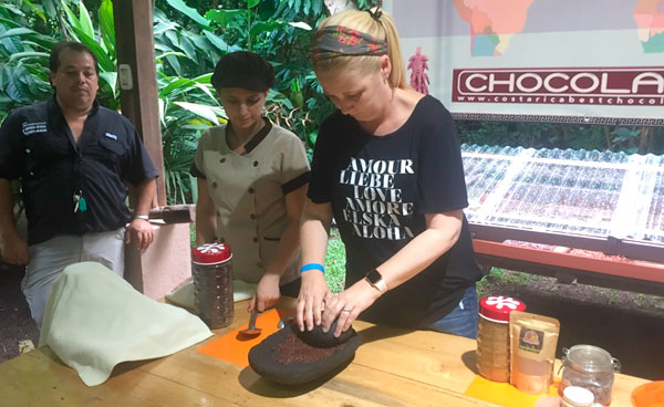Chocolate-demonstration-2-Chris-Bensley