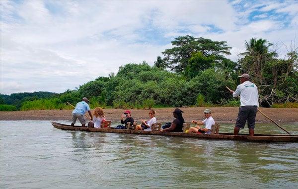 Dugout-canoes-by-Carlos-Cardona