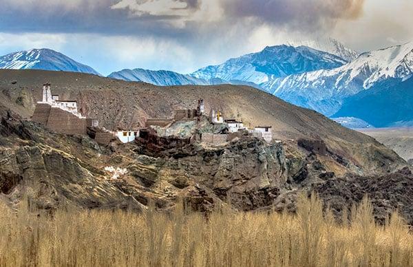 Himalayan-Fort-Scene-by-Todd-Gustafson-Gustafson-Photo-Safari