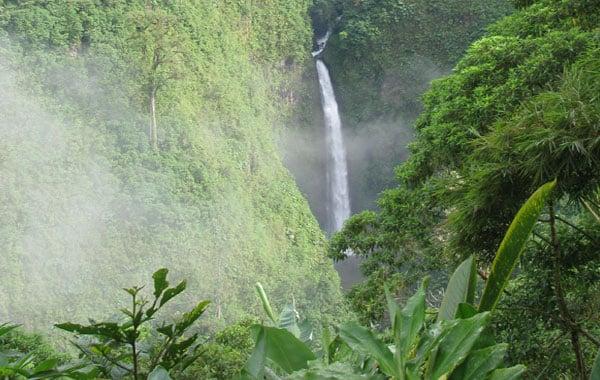 La-Paz-Waterfall-Costa-Rica.jpg