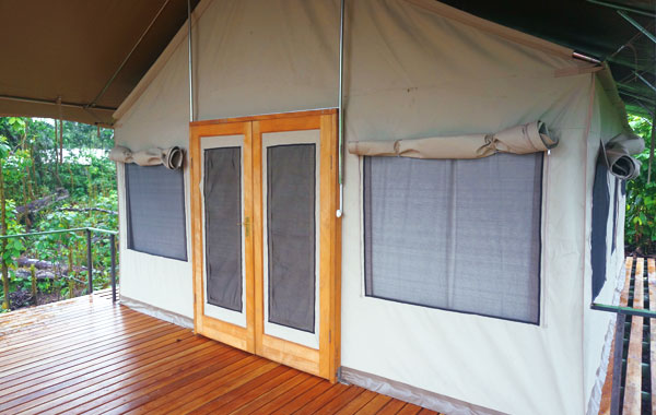 Scalesia-Lodge-Ecuador-1.jpg