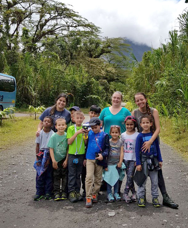 Students-at-Arenal-by-Kristen-Buckley