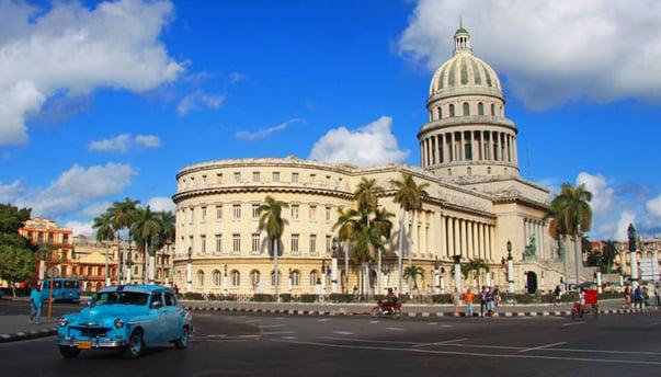 Capitolio de Havana by Guillaume Baviere