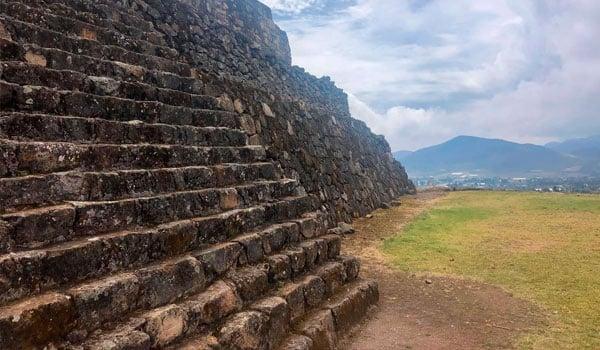 MX-pyramid-by-Stefanie-Plein