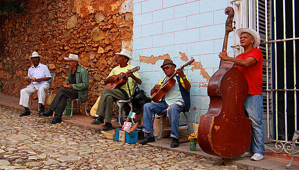 Musicians-in-Trinidad-by-Guillaume-Baviere-blog-inline.jpg