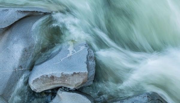 Water-crashing-on-rocks-stock-blog-inline.jpg